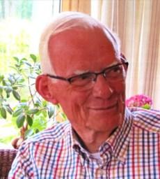 Oud voorzitter NTS Herman Jansma overleden .